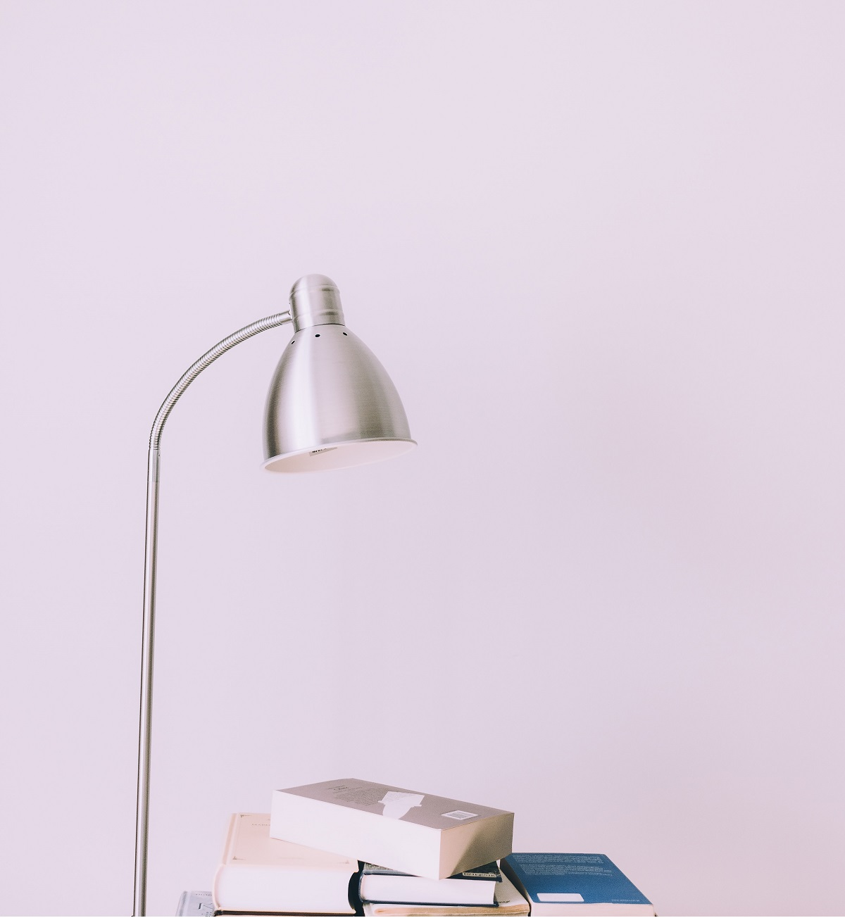 books-bright-contemporary-1122530